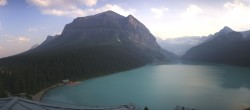 Archived image Webcam The Fairmont Chateau Lake Louise 18:00