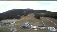 Archived image Webcam Lake Louise: Base Area 09:00