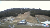 Archived image Webcam Lake Louise: Base Area 07:00