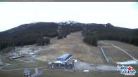 Archived image Webcam Lake Louise: Base Area 13:00