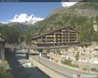 Archiv Foto Webcam Kirchbrücke und Hotel Allalin 09:00