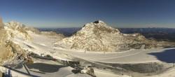 Archiv Foto Webcam Dachstein Gletscher: Panoramablick von der Bergstation 04:00