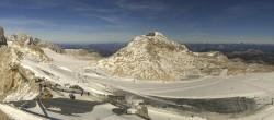 Archiv Foto Webcam Dachstein Gletscher: Panoramablick von der Bergstation 06:00