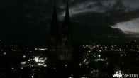 Archived image Webcam Cologne Cathedral 00:00