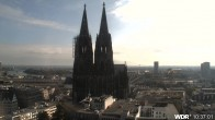 Archived image Webcam Cologne Cathedral 04:00