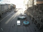 Archived image Webcam at the Marienplatz, Munich 02:00