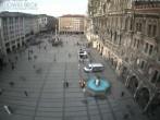Archived image Webcam at the Marienplatz, Munich 04:00