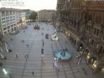 Archived image Webcam at the Marienplatz, Munich 14:00