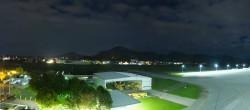 Archiv Foto Webcam Flughafen Salzburg 01:00