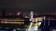 Archived image Westminster Bridge Webcam London 21:00