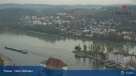Archiv Foto Webcam Passau: Blick von der Veste Oberhaus auf Donau und Altstadt 09:00