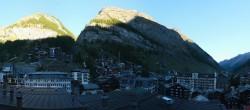 Archiv Foto Webcam Panorama Zermatterhof 02:00