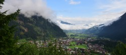 Archived image Webcam View of Mayrhofen im Zillertal 02:00