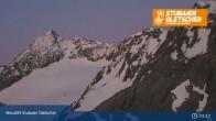 Archived image Webcam Stubai glacier: Daunjoch chair lift 23:00