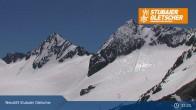 Archived image Webcam Stubai glacier: Daunjoch chair lift 07:00