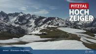 Archived image Webcam Jerzens - Zirbenbahn Bergstation 03:00