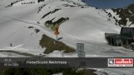 Archived image Webcam Top station Reckmoos lift 04:00