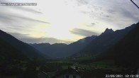 """Archived image Webcam guesthouse """"Traube"""", Pettneu 12:00"""
