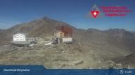 Archived image Webcam Diavolezza - Mountain House Diavolezza 05:00