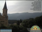 Archived image Webcam Church of Bruneck, South Tyrol 04:00