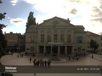 Weimar Theaterplatz und Deutsches Nationaltheater
