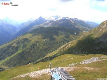 Kapall mountain hut