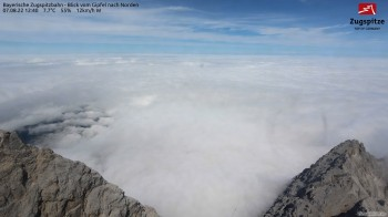 Zugspitze - View to lake Eibsee